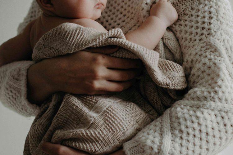 De hele dag knuffelen met je baby of peuter
